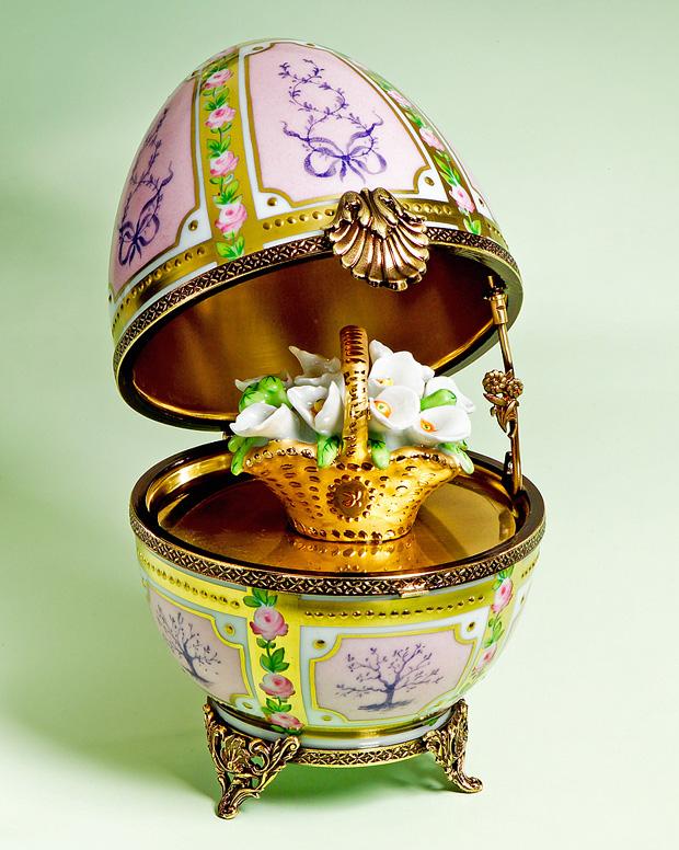 Limoges Boxes, Porcelain Figurines, Valentine's Day Rochard ...