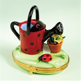 Limoges picnic basket with butterfly plates box the cottage shop - Ladybug watering can ...